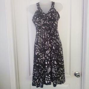Calvin Klein blk & wht geometric print dress sz 6